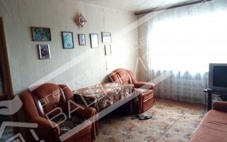 продажа трех комнатной квартиры по дешевой цене